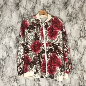 Vintage floral bomber jacket size medium